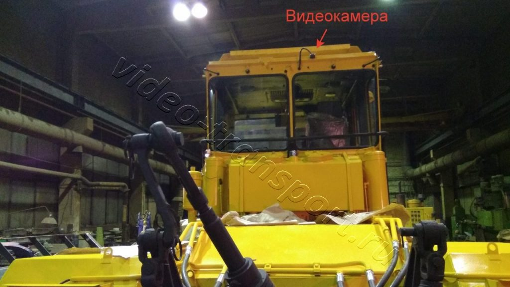 Камера заднего вида на тракторе