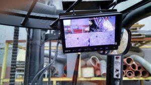 Видеомонитор в кабине погрузчика