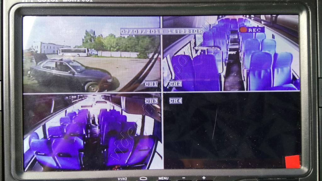 Видеомонитор для автобуса